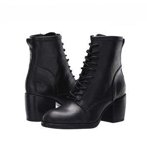 Patricia Nash Sicily Lace Up Boots Black